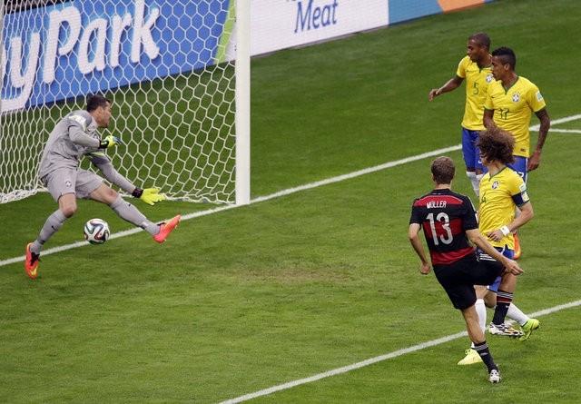 2014 Dünya Kupası yarı finalde Almanya'yı konuk eden Brezilya kabus dolu bir gece yaşadı.