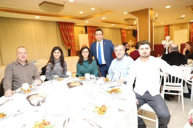 İstanbul Yerel Gazeteciler Derneği (İYGAD), 10 Ocak Çalışan Gazeteciler için özel gece düzenledi..