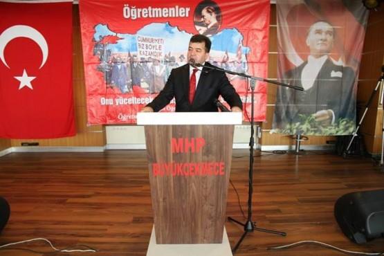 TBMM Başkanvekili ve İstanbul 3. Bölge Milletvekili Meral Akşener, MHP Büyükçekmece İlçe Başkanlığı'nın Öğretmenler Günü yemeğine katıldı.