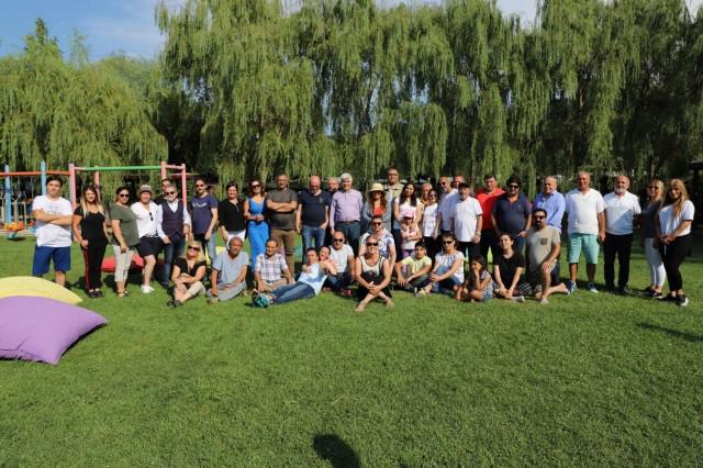 İstanbul Gazeteciler Derneği (İGD), 24 Temmuz Gazeteciler ve Basın Bayramı dolayısıyla Çatalca Karamandere Gizemli Vadi Tesisleri'nde piknik düzenledi.