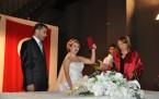 14 Şubat'ta 10 nikah kıydı