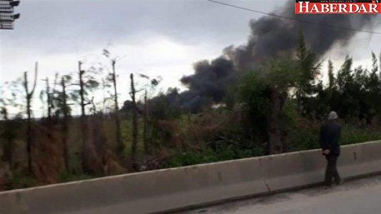 100 kişiyi taşıyan uçak düştü! Çok sayıda ölü...