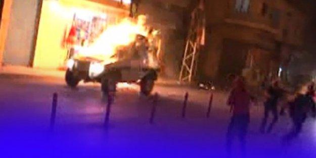 Adana'da PKK Sempatizanları Yol Kesip, Polis Aracı Yaktı