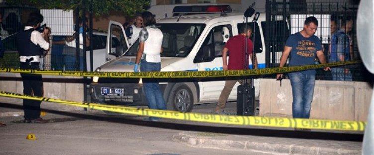 Adana'da polise silahlı saldırı: 2 polis şehit oldu