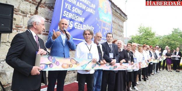 """'Adım Adım Sanat"""" sergisi Büyükçekmece Kervansaray'da açıldı"""