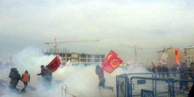 Adliye önünde gaz bombalı müdahale!