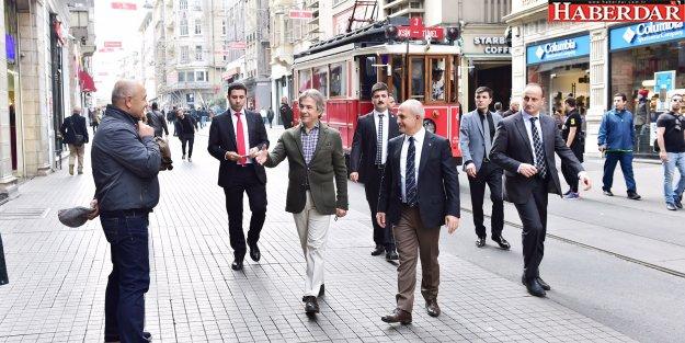 Akgün, Beyoğlu'nda kentsel dönüşüm uygulamalarını inceledi