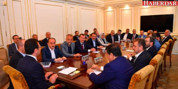 AKP'li belediye başkanlarından Ekrem İmamoğlu'na ziyaret