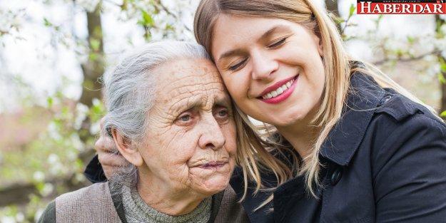 Alzheimer hastası depresyon sebebi