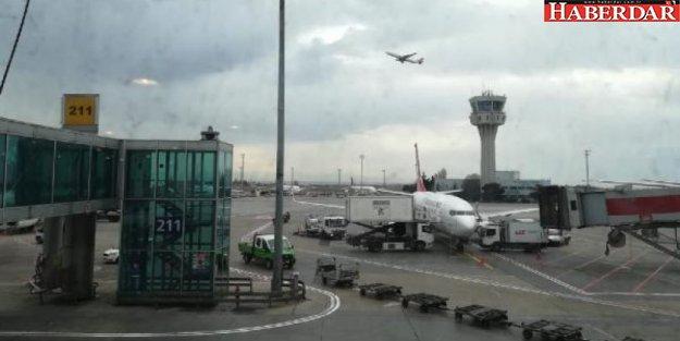 Atatürk Havalimanı'nda panik! 3 uçak...