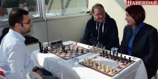 Avcılar Satranç Turnuvası'na yoğun ilgi