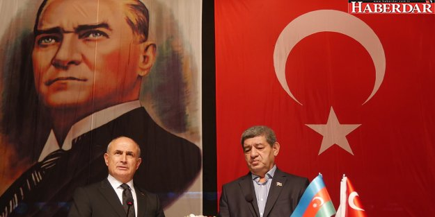 Atatürk, tarih değil gelecektir!