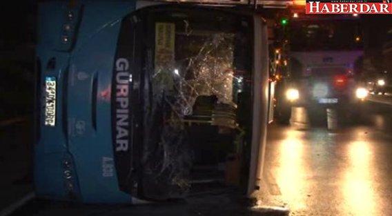 Avcılar'da Halk Otobüsü Devrildi: 2'si Ağır 6 Kişi Yaralı