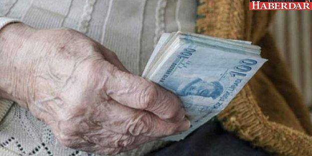 Bakan açıkladı: Emeklilere bayram ikramiyesi verilecek tarih