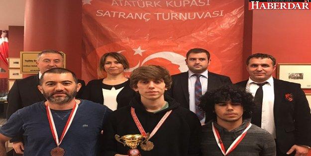 Bakırköy'de satranç turnuvasının kazananı belli oldu