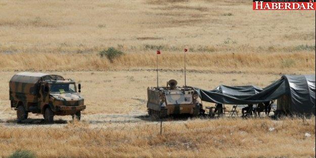 Barzani'ye yakın haber sitesi: Hem IŞİD hem YPG çekiliyor