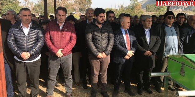 Başkan Akgün acı gününde Altunok'u yalnız bırakmadı