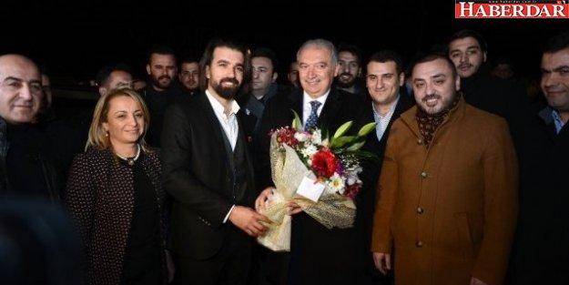 Başkan Uysal: 'Chp'liler, AK Parti Gelsin Diye Dua Ediyor'