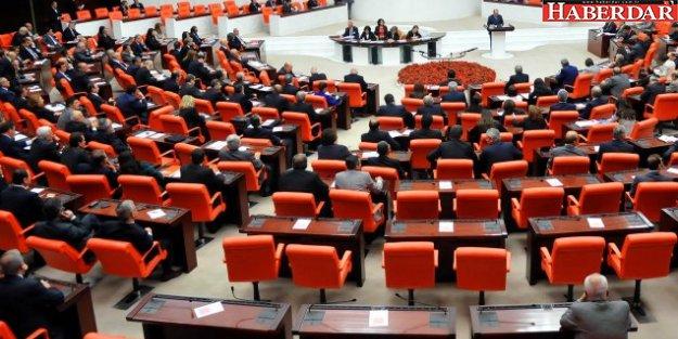 Bedelli askerliğin de olduğu Torba Yasa Meclis'ten geçti