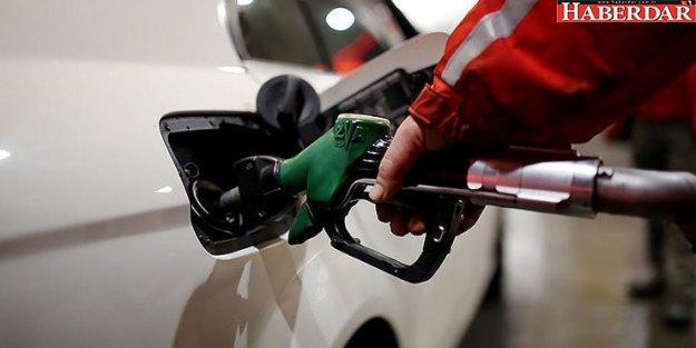 Benzin fiyatına bir indirim daha geliyor!