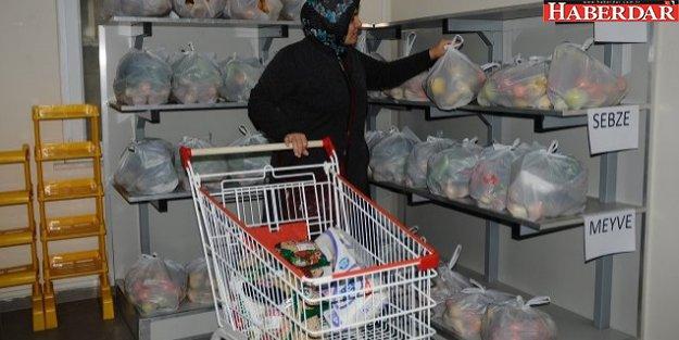 Beylikdüzü'nde 'Gıda Bankası' ile bir ilk