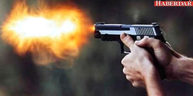 Beylikdüzü'nde Lüks Sitede Bir Şahıs İki Kadını Evin İçinde Silahla Vurarak Yaraladı