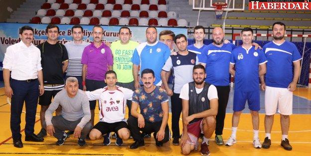 Birimler Arası Voleybol Turnuvası Devam Ediyor