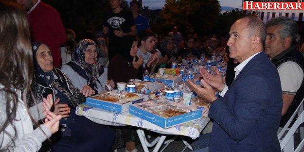 Büyükçekmece Ailesi, Ramazan'ın bereketini birlikte paylaşıyor
