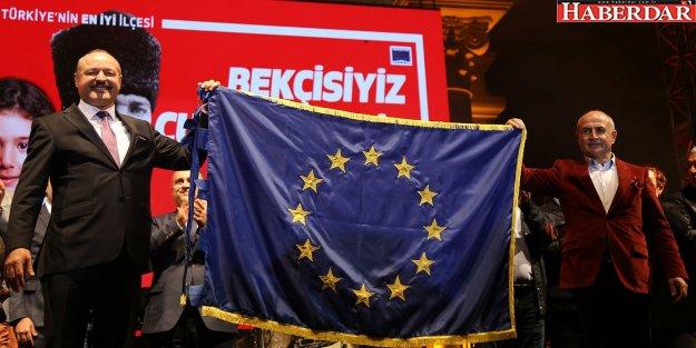 Büyükçekmece Belediyesi'ne Avrupa Şeref Bayrağı Ödülü verildi