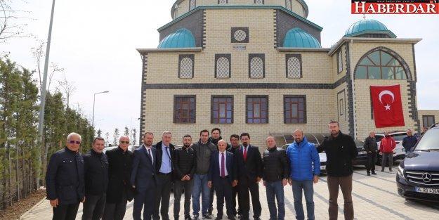 Büyükçekmece Hazreti Ali Camii törenle ibadete açıldı