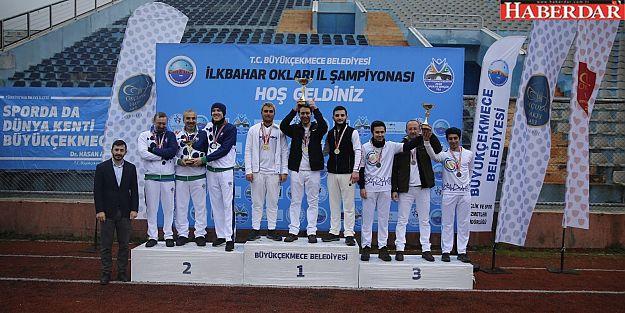 Büyükçekmeceli okçulardan 2 kupa, 8 madalya