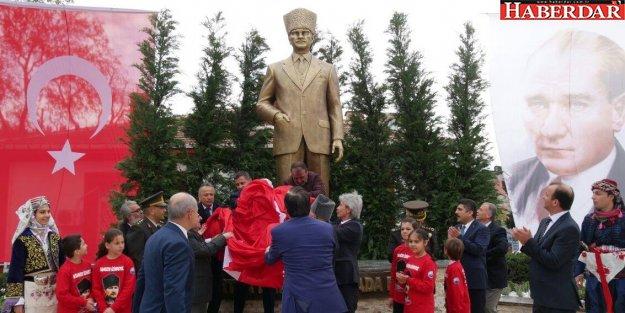 Büyükçekmece'ye Atatürk Meydanı
