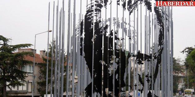 Büyükçekmece'ye üç boyutlu muhteşem Atatürk silueti
