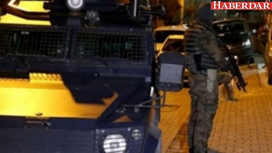 Canlı bomba İstanbul yolunda yakalandı