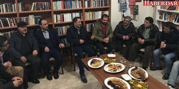 CHP'den Esenyurt Halkevi'ne destek ziyareti