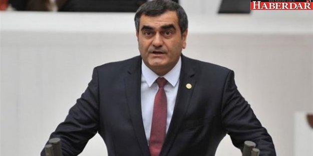 CHP'li Şeker: Siyasetçinin görevi savaşı değil barışı savunmaktır