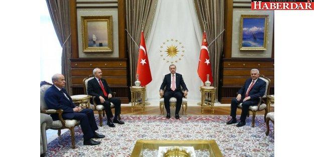 Cumhurbaşkanlığı Sarayı'ndaki tarihi toplantı 2 saat 40 dakika sürdü