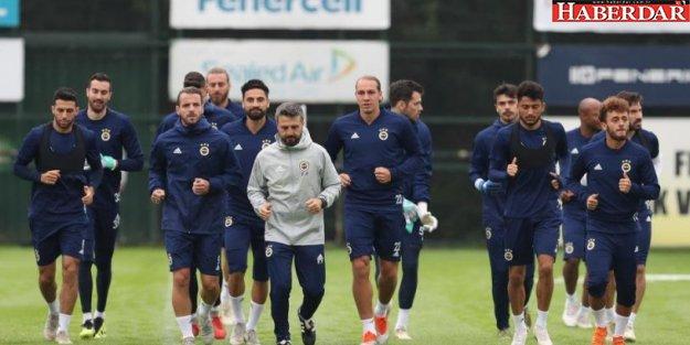 Derbide Fenerbahçe'nin başında kim olacak?