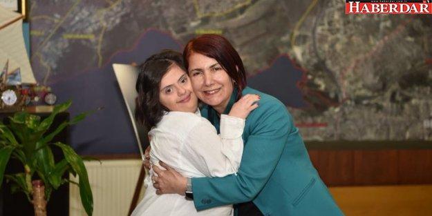 """'DÜNYAMIZA KATTIĞINIZ +1 DEĞERİN FARKINDAYIZ"""""""