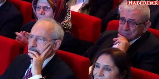 Ekrem İmamoğlu'nu Kürsüde Gören Babası Gözyaşlarına Hakim Olamadı