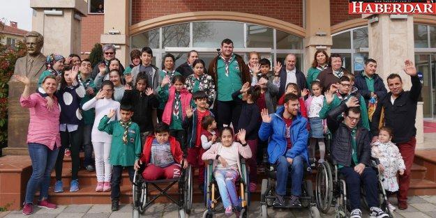 """Engelli çocuklar 'Rafadan Tayfa"""" da buluştu"""