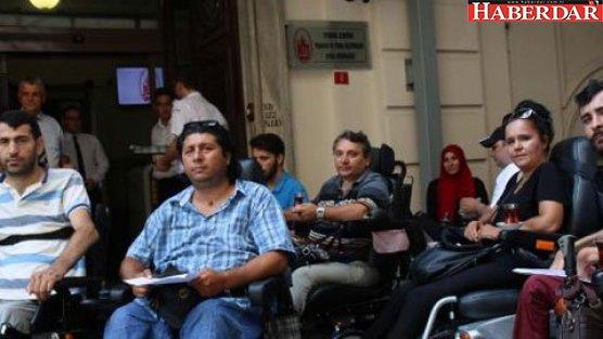 Engelliler, İstanbul ulaşımından şikayetçi