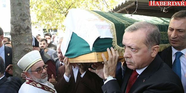 Erdoğan, Çatalca Eski İlçe Başkanı'nın Tabutunu Omuzladı