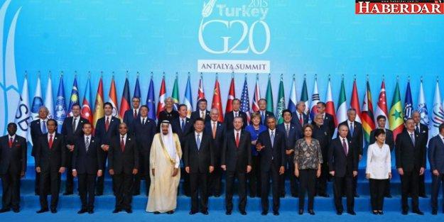 Erdoğan, tek tek karşıladı, aile fotoğrafı çekildi