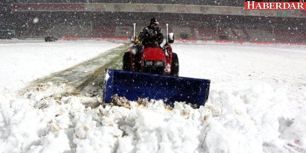 Ertelenen Boluspor - Galatasaray Maçının, 22 Ocak'ta Oynanacak