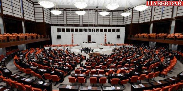 Gazetecilere Meclis yasağı!