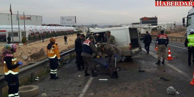 Gaziantep'te feci kaza: 5 ölü!