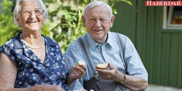 Geliri olmayan yaşlıya maaş