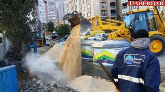 Hastaneye yer altı çöp konteyneri sistemi