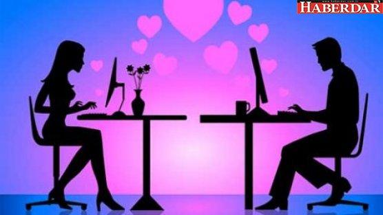 İlk görüşte aşk diye bir şey yok!